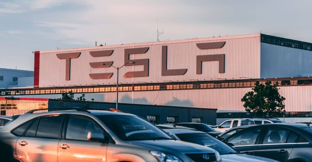 Tesla CEO Apprehensive About Building Gigafactory in Tesla